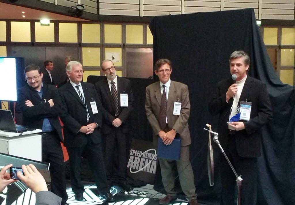 Remise du prix Trophée Numeric'Alsace 2012 par les membres de la CCI Alsace et le secrétaire de Rhénatic