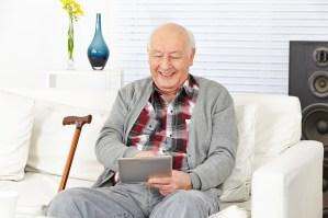 senior tablette high-tech